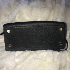 Michael Kors Bags - Michael Kors Black Leather Selma Medium Bag